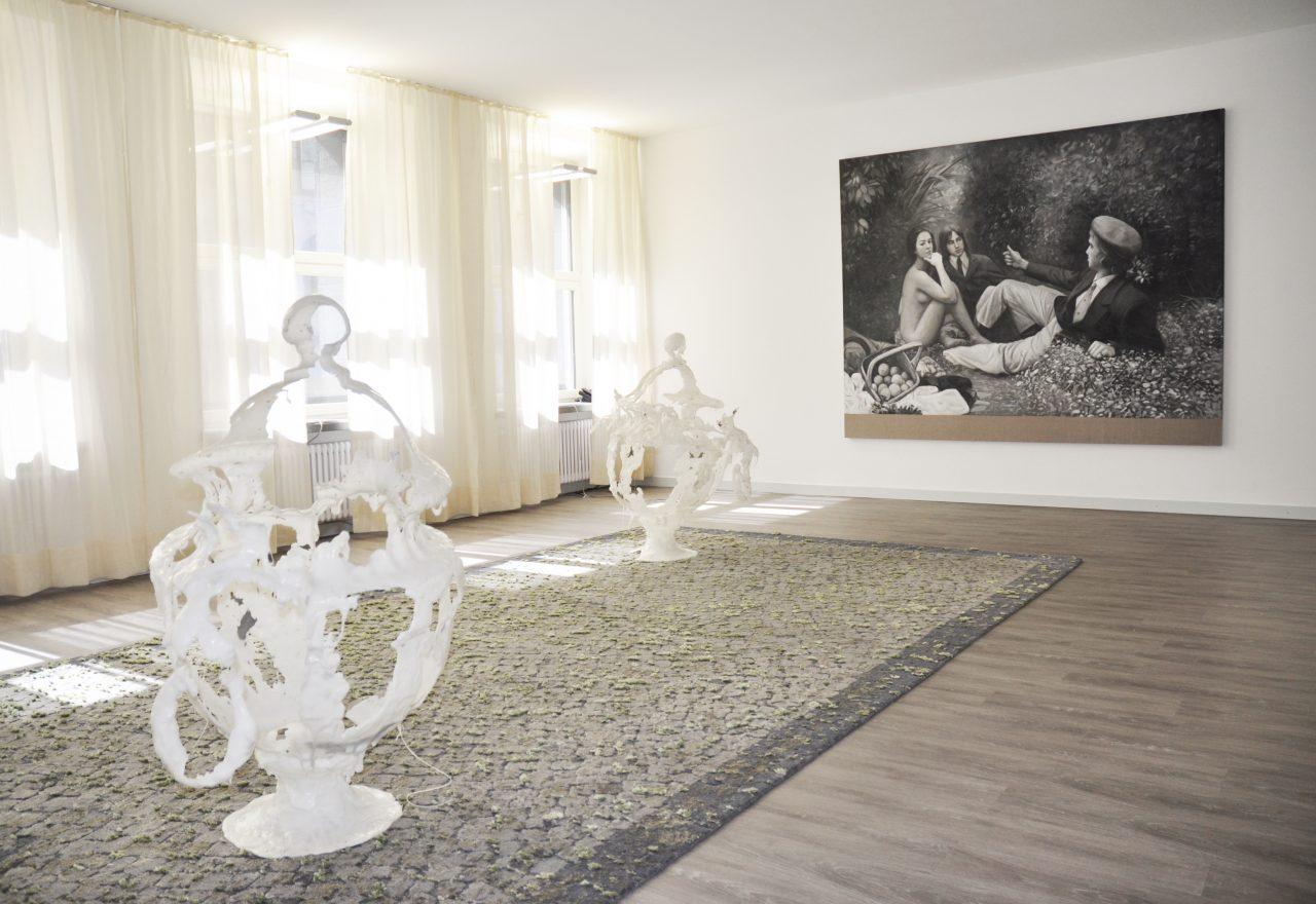 Artitious Showroom | WURLITZER PTC | pictured works by Christian Jankowski (painting), Sultan Acar (carpet), Raphaela Vogel (sculptures)