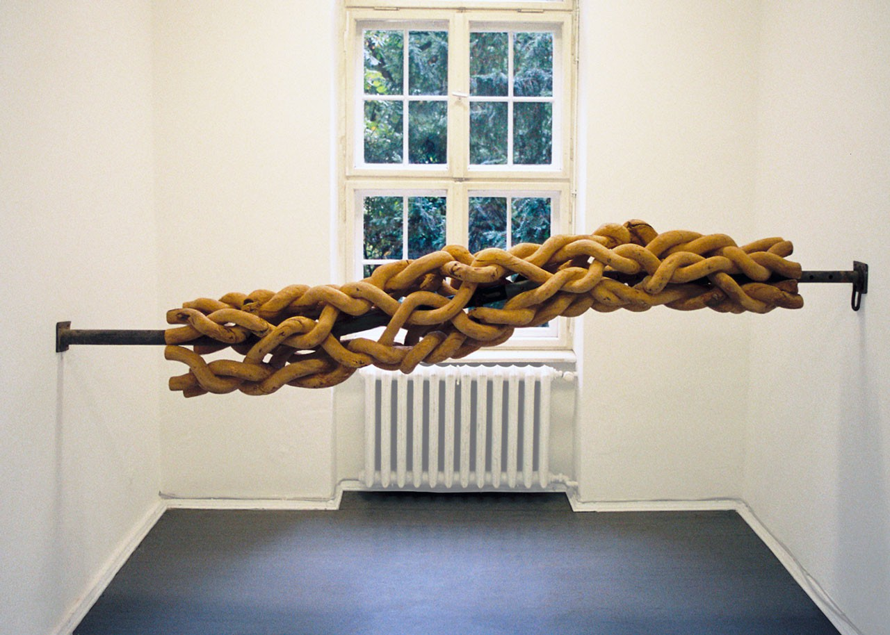Sets of Tools: From Point to Line to Plane into Space … | Limewood, 270 cm x 48 cm x 48 cm and scaffolding bar | 2006 | Photo: J. Laitzsch