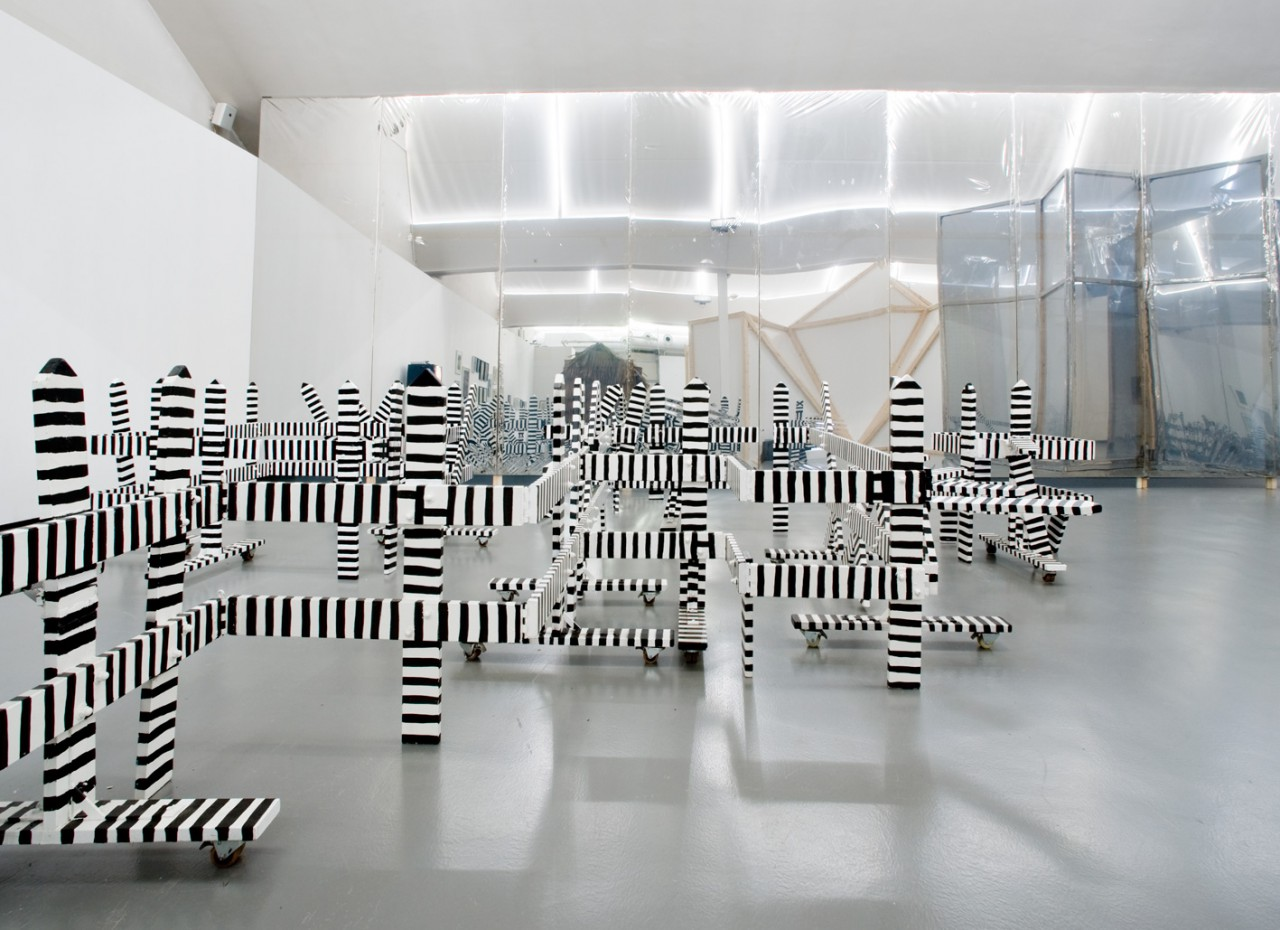 Ausstellungsansicht, Sirenenheime, Kunsthalle Göppingen