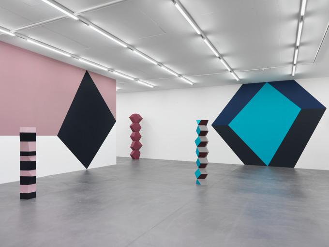 Angela Bulloch Casts Geometric Illusions at Galerie Eva Presenhuber   by Rain Embuscado on Artnet