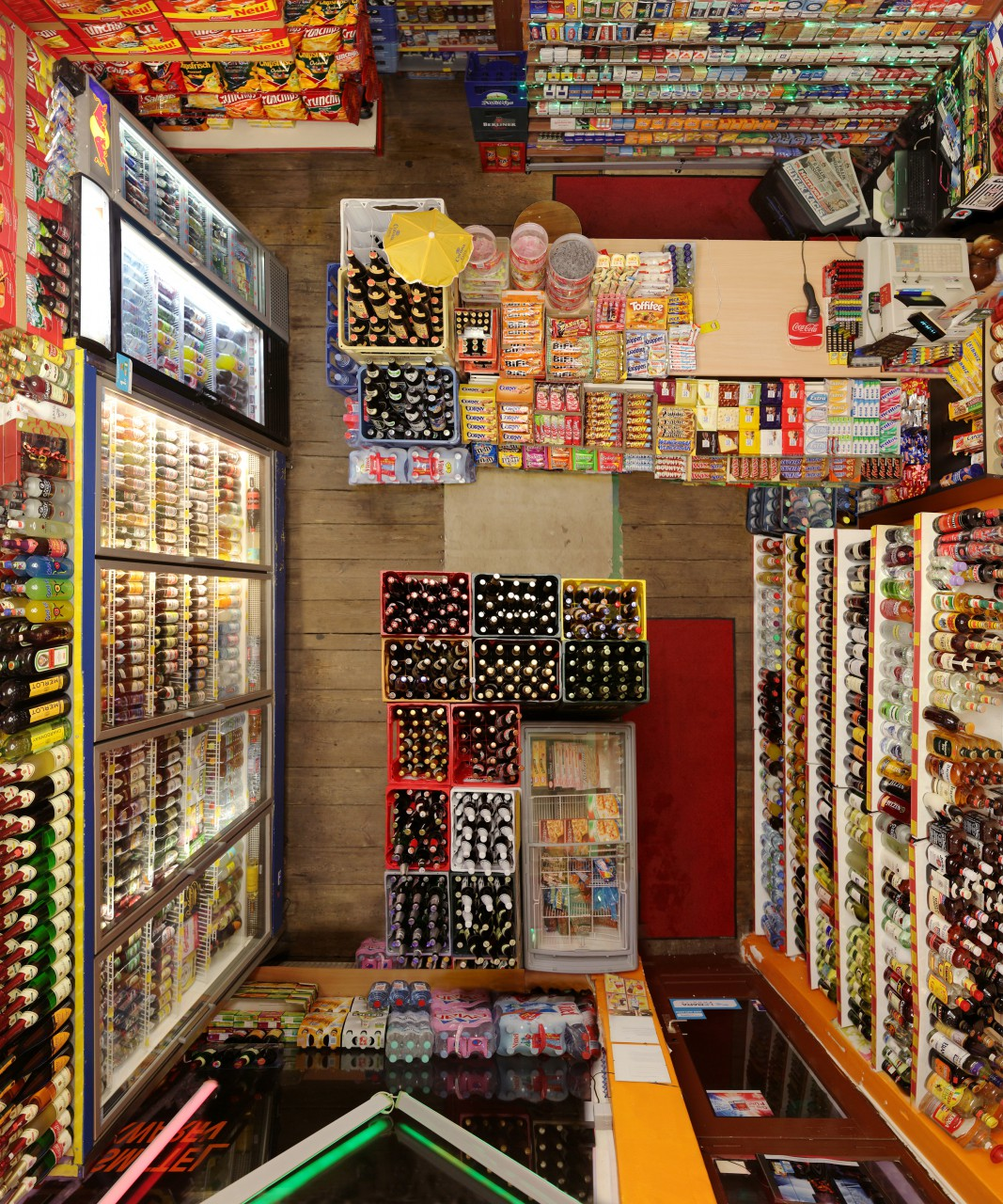 Untitled (Corner Shop II) 120 x 100 cm (47 x 39