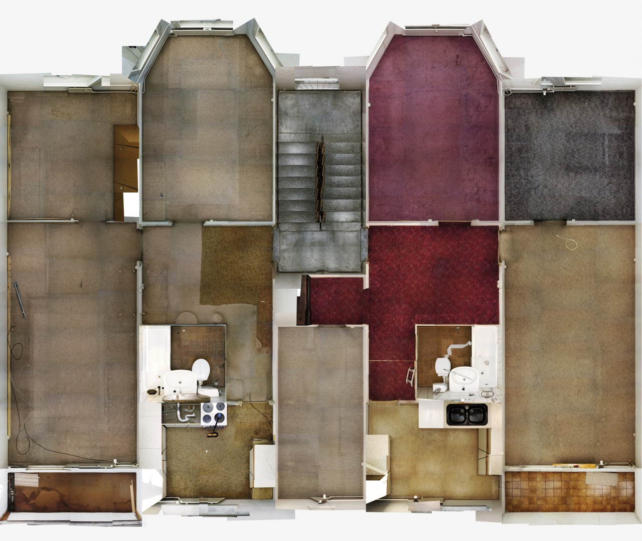Supervisions - Ohne Titel (Plattenbau 1) | Berlin 2004 | Lightjet print | 110 x 131 cm