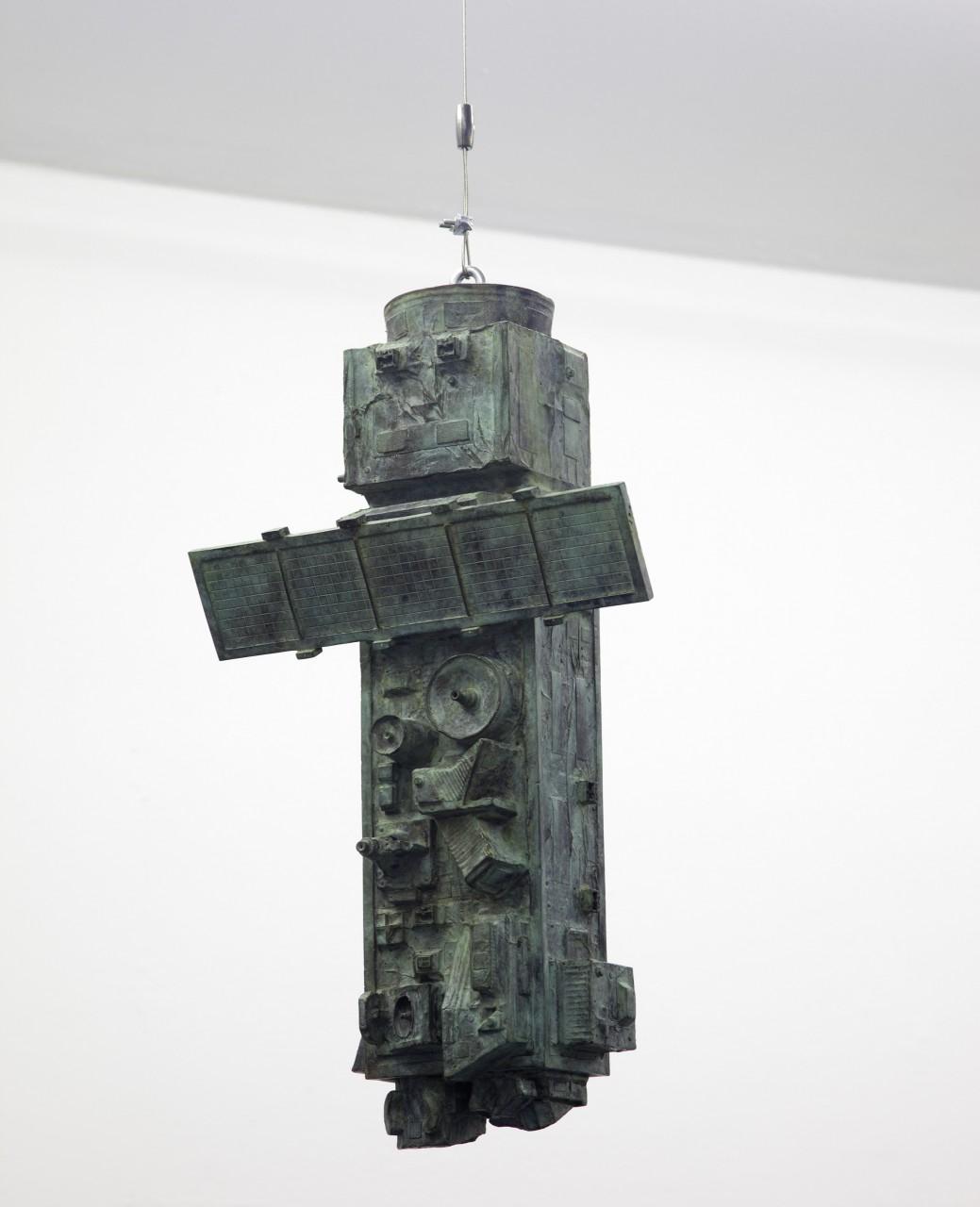 Envisat; 2014/ 15 sculpture; bronze; 52 x 38 x 24 cm (photograph: Sergio Belinchón)