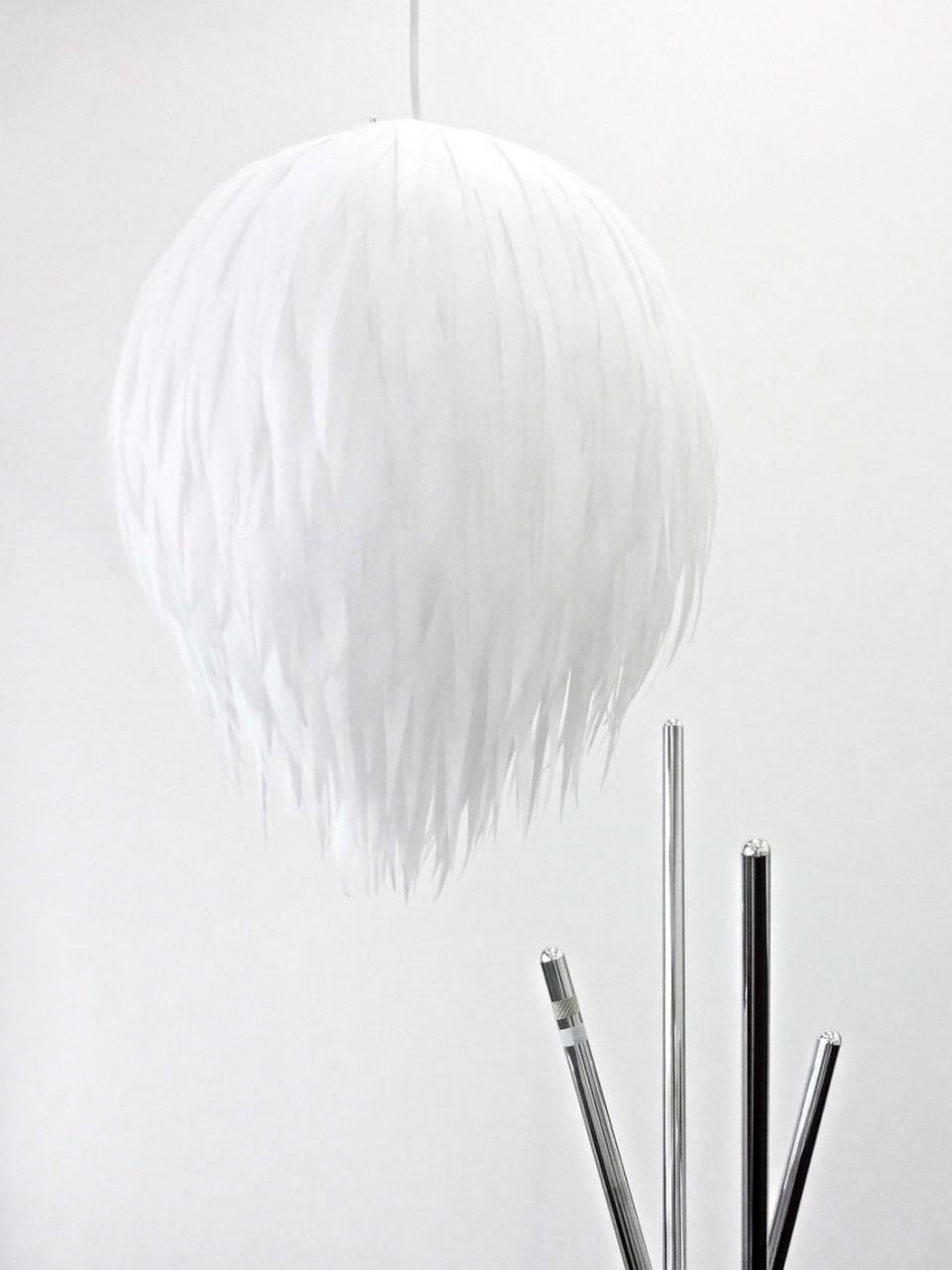 Sunset Serenade (Lampe), 2013, Vlies, Glühbirne, Eurozuleitung, ca. 30 x 50 cm