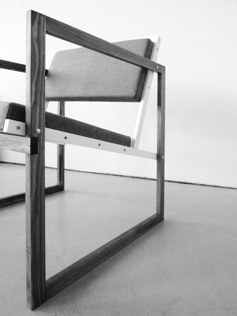 o.T. (Nachbau Josef Albers Stuhl), 2011, Holz, Stoff, ca. 65 x 65 x 60 cm