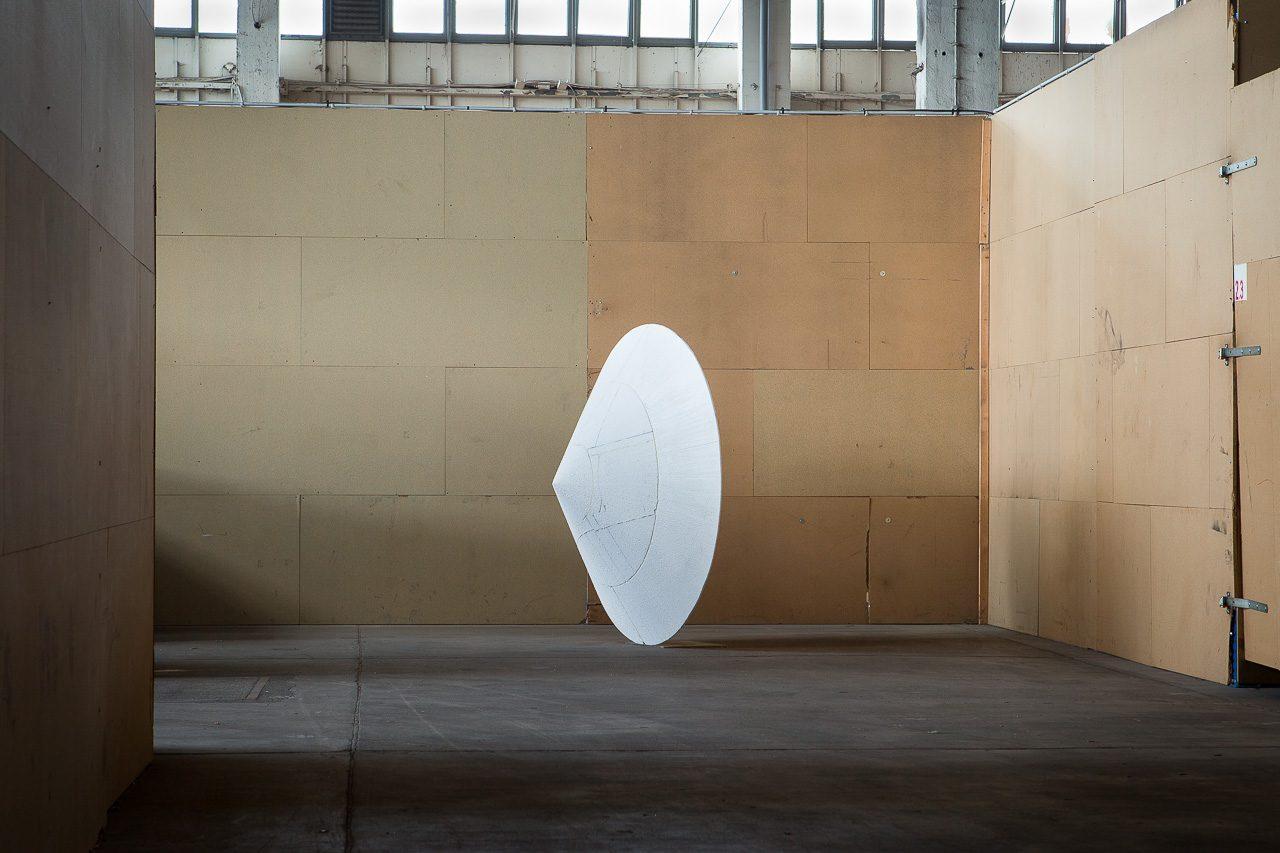 Sonic wall, 2015 | styrofoam, PU-foam, steel | 200 × 200 × 75 cm