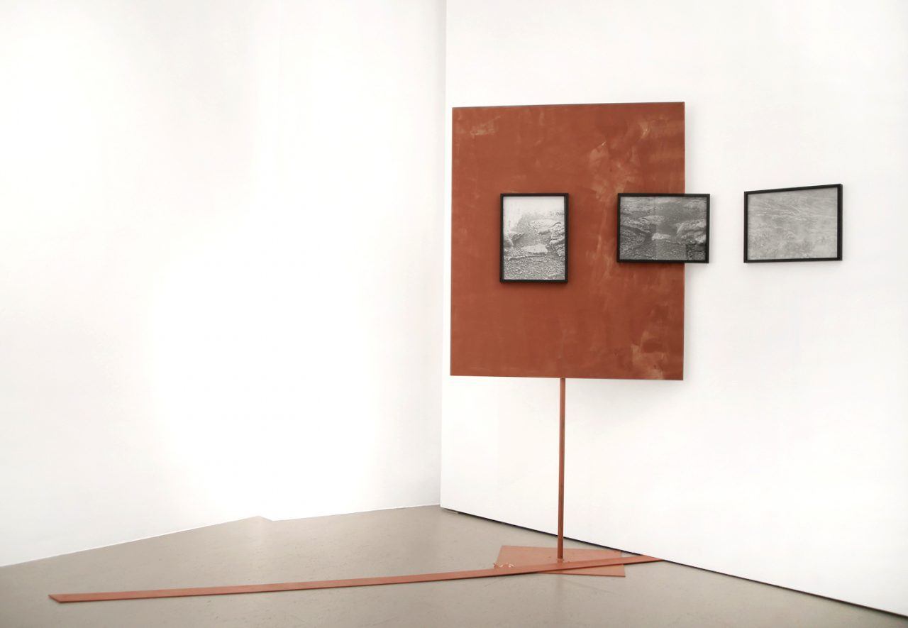 """vulcano sand collages"", 2016, Installationsansicht Galerie Burster, Berlin, Fotogramme, je 40 cm x 30 cm"