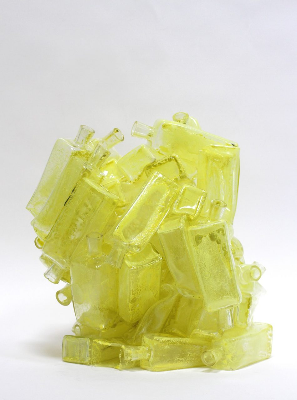 Yellow Cluster, 2017, 40 x 30 x 30 cm, glass, glass paint