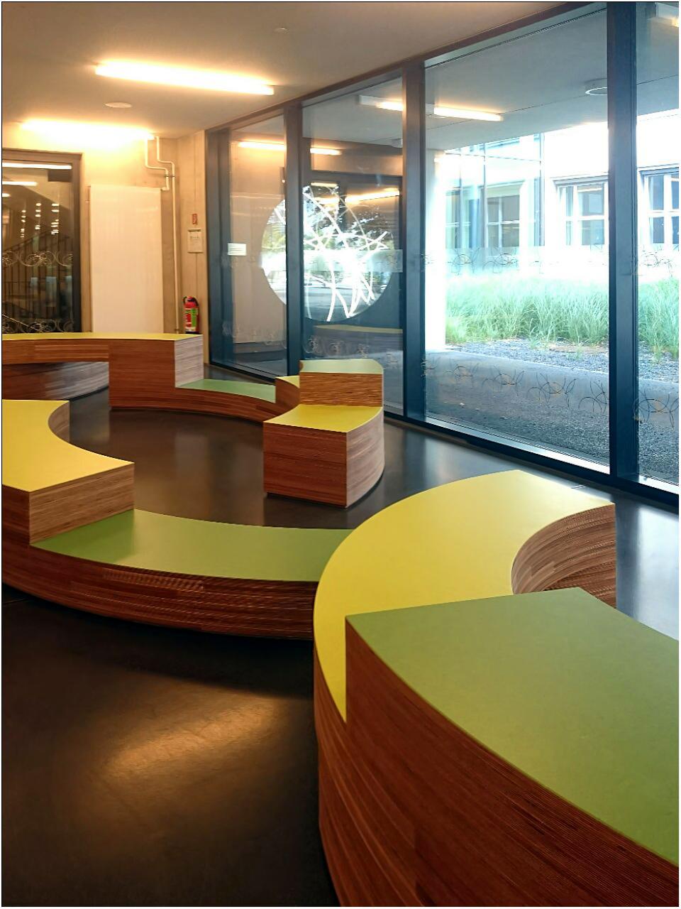 Sitzmodule, 2017, Multiplex, Linoleum