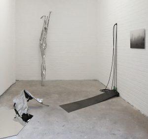 "Sandra Meisel *** Neue Arbeiten: ""monkey business"", Installation, Skulptur & Fotografie Image"