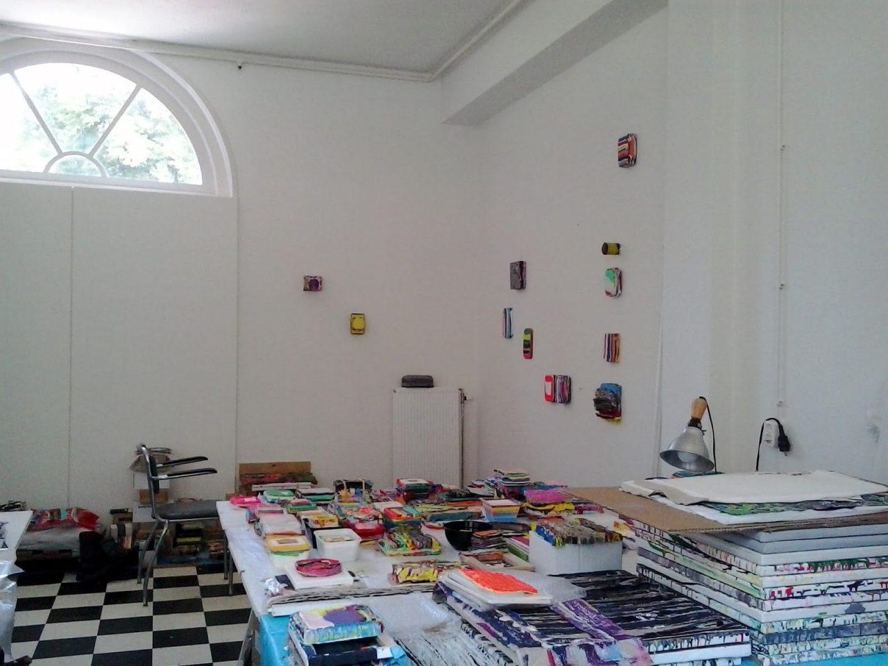 Studio (2017)