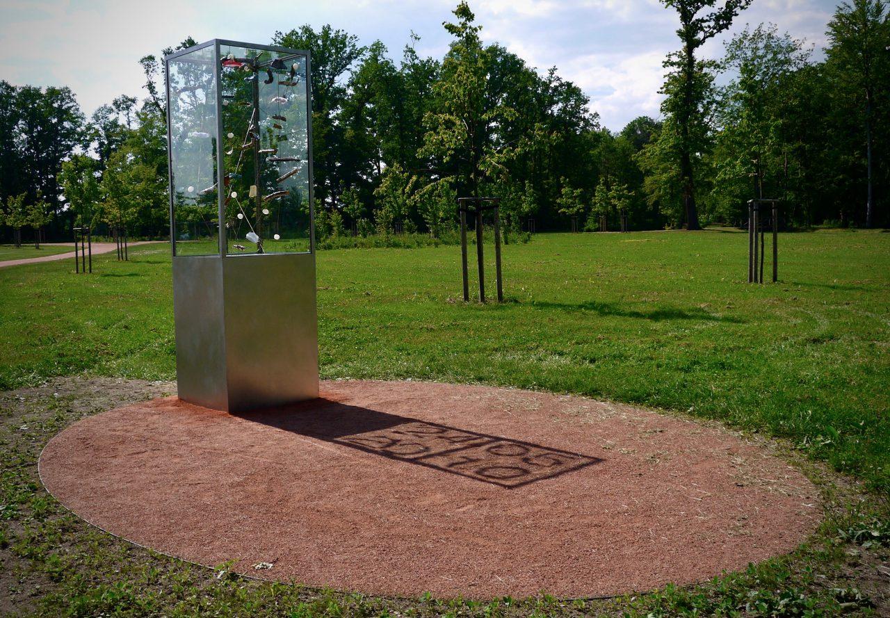 """""""1,5 Kubikmeter Sturm"""", Tornado Monument Grossenhain, stainless steel, safety glass, various objects, 0,72x 0,72x 3,1 m, Großenhain, 2012"""