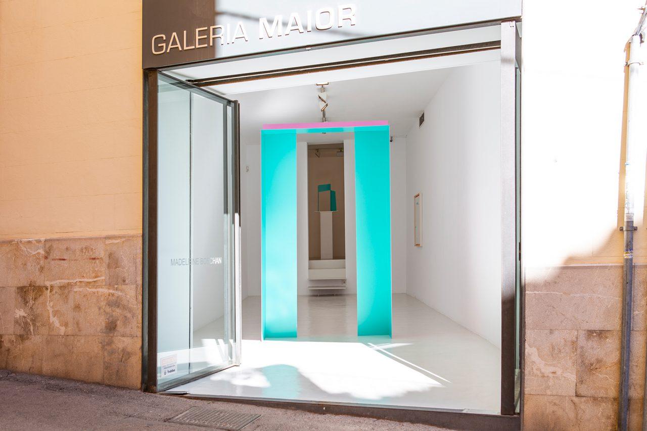 Tulips and chimneys, 2019, exhibition view @ Galería Maior, Palma de Mallorca