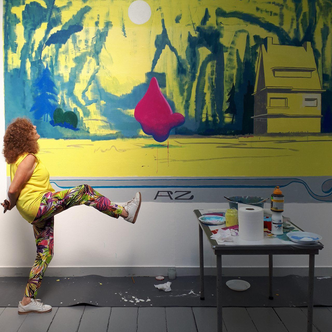 Woman poses for my mural @ Teekengenootschap Pictura. . August, Dordrecht, Holland 2018
