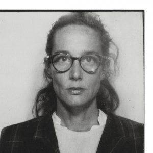Tina Oelker