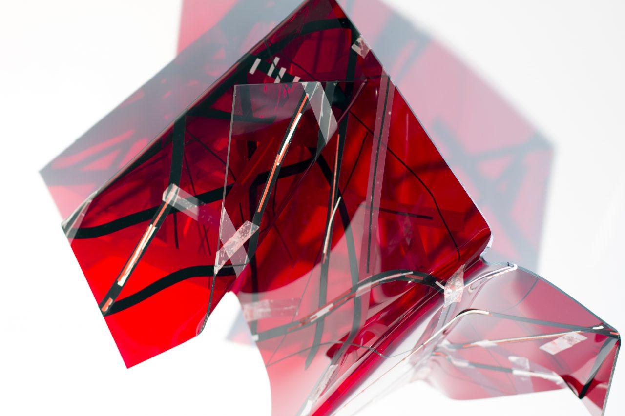 (c.push), 45cm x 35cm x 30cm, 2017 / translucent acrylic glass, self adhessive tape