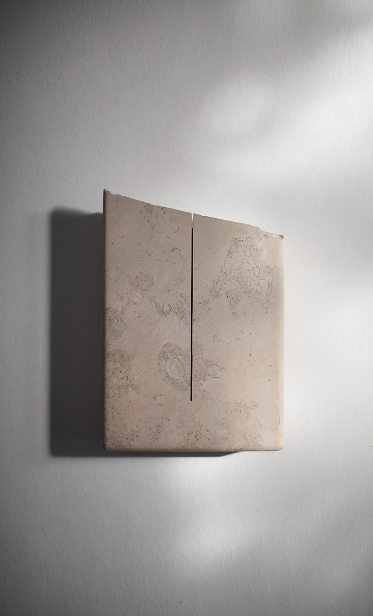 A PURE UNTROUBLED LINE (after Iris Murdoch) 2019 Lincolnshire limestone – silverbed 21.4 x 15.0 x 4.0 cm
