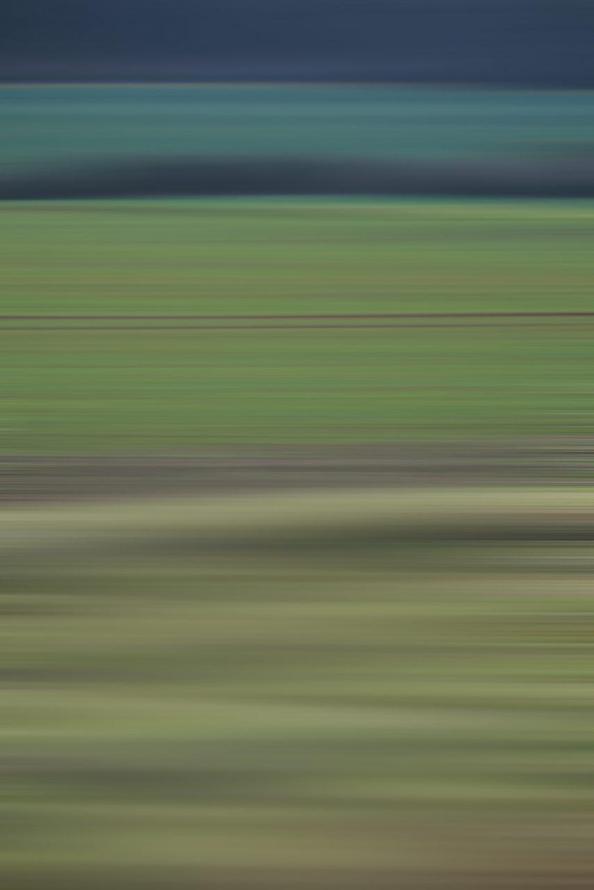 Nature2, aus der Reihe Licht malt, 2020, Experimental Fine Art Photography, Farbpigment auf Aludibond, matt, 80 x 120 cm, oder ein anderes Format, in jeder Größe ein Unikat, rückseitig signiert